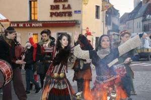 Au Marché de Noël médiéval de Semur-en-Auxois 2013 - photo par Stéphanie Saporito Baude