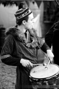 Tambour, au Marché de Noël médiéval de Semur-en-Auxois 2013 - photo par D. Lavevre